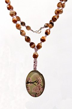 Jewelry Resin Necklace