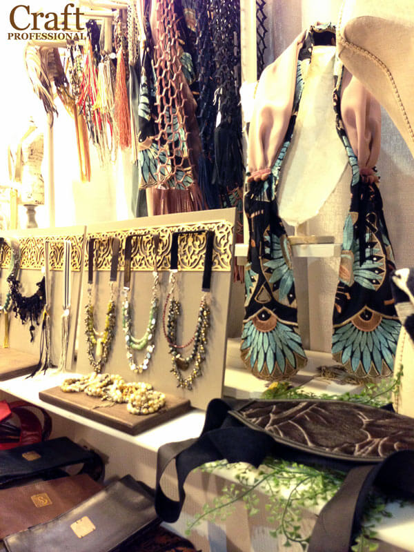 Eye-catching jewelry display