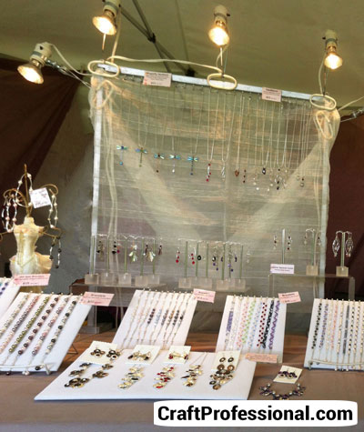 Some Ex&les of Craft Booths With Effective Show Lights & Show Lights - Tips and Photos azcodes.com