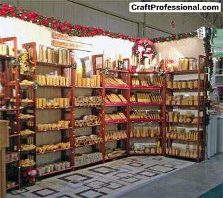 Candle display ideas for your craft booth for Christmas candle displays