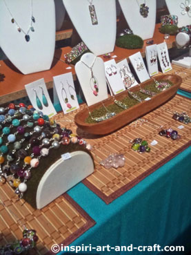 jewelry display ideas for craft shows lots of jewelry display ideas and photos 7802