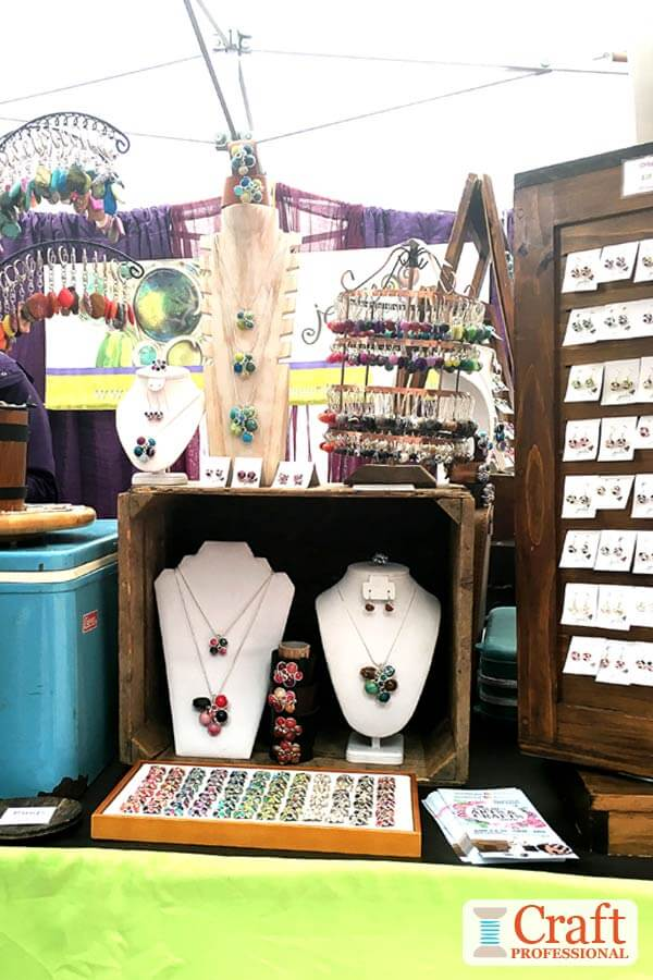 jewelry booth display ideas