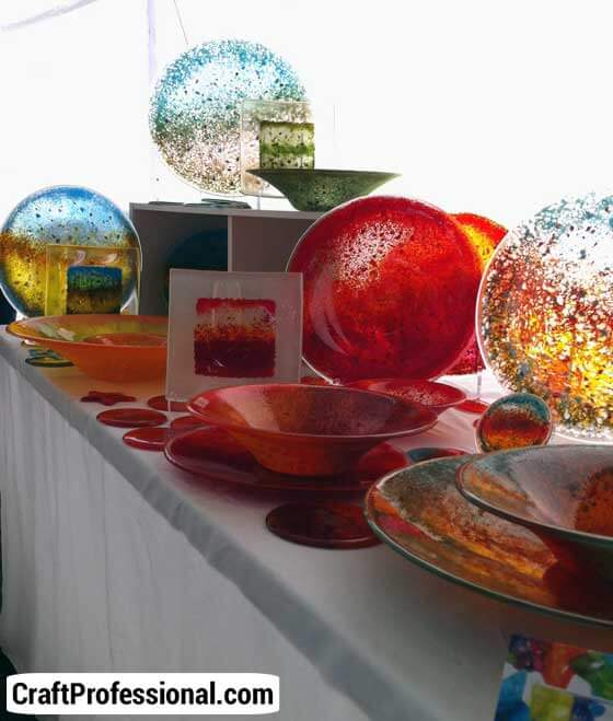 Gorgeous light enhances a glassware display